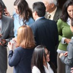 5 BASIC TIPS TO NETWORK WITH PEOPLE SUCCESSFULLY
