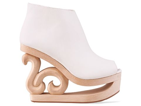 Do you like Jeffrey Campbell shoes, what are your fave pair