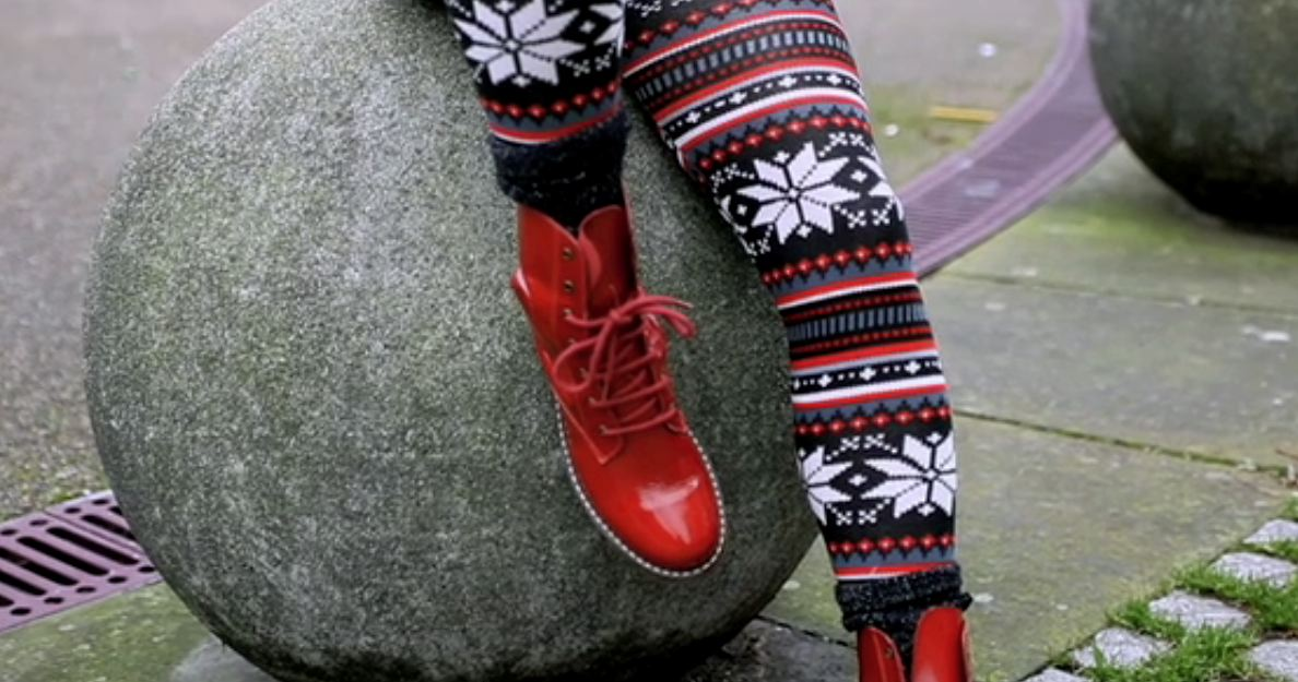 red  docs and leggins look book